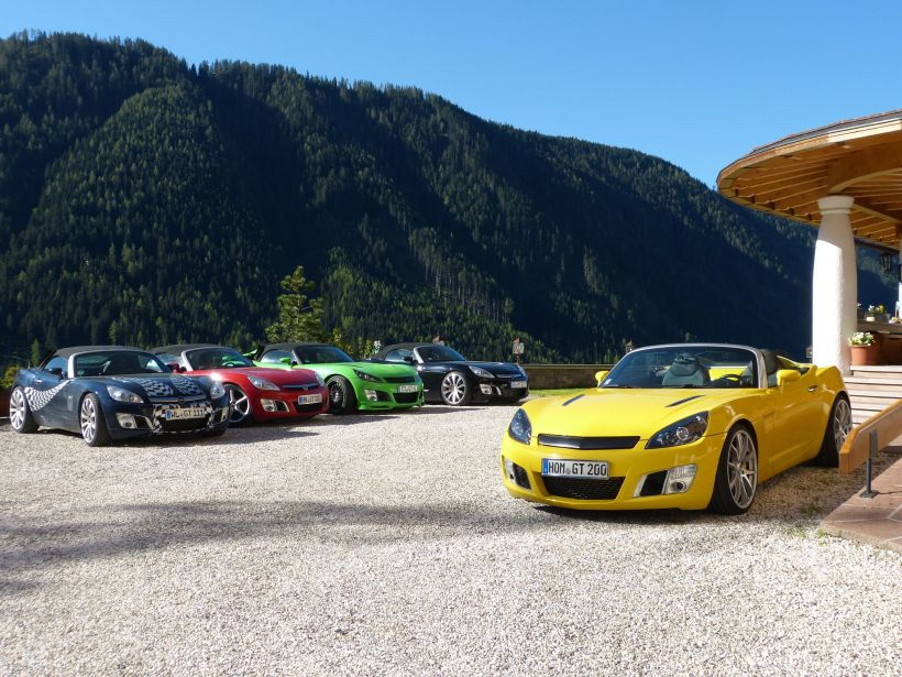 Opel GTs  in The Dolomites